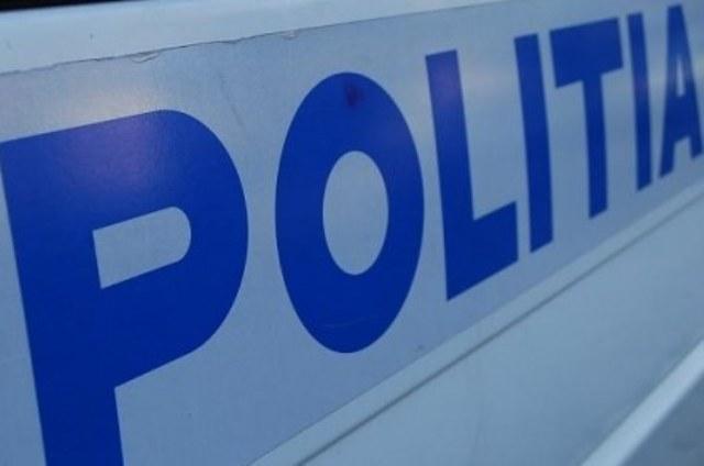 Un șofer din Blaj s-a răsturnat în această dimineață cu mașina, din cauza vitezei