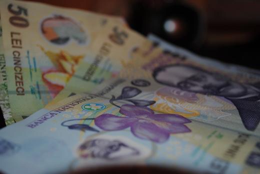 Alba Iulia: Taxele și impozitelor locale aferente anului 2014 pot fi achitate începând de luni 13 ianuarie
