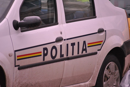 Alba Iulia: Un minor aflat pe bicicletă a fost lovit de o mașină