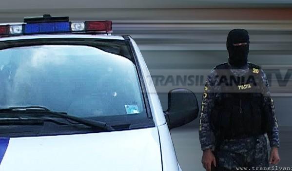 Unul dintre tinerii care a sustras o autoutilitară din comuna Vinţu de Jos a fost reţinut de poliţişti