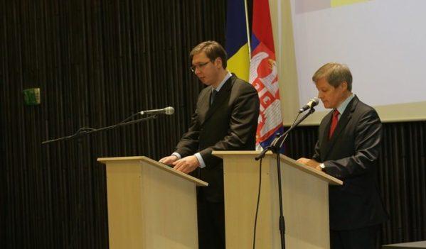 Premierul Dacian Cioloş s-a întâlnit, astăzi, la Timișoara, cu omologul său sârb, Aleksandar Vučić, aflat în vizită în România la invitaţia sa.