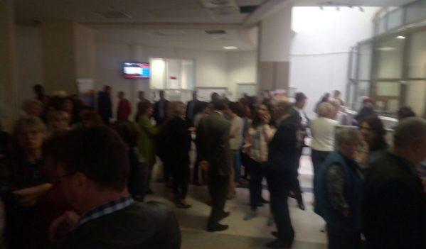 Protest spontan la Administratia Financiara Alba
