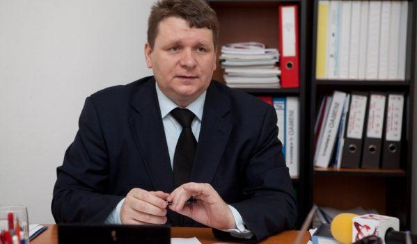 SOLICIT O LEGISLAȚIE FERMĂ DE MEDIU ȘI O ATITUDINE INSTITUȚIONALĂ ÎN ROMÂNIA!