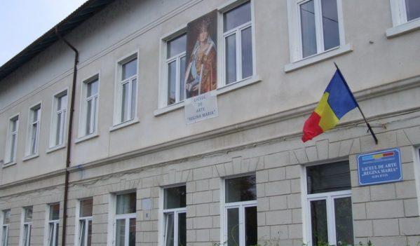 Teama si panica, din cauza coronavirusului, la Liceul de Arte Regina Maria din Alba Iulia! Elevii reclama grave nereguli si ameninta ca nu mai vin la scoala!