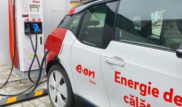 E.ON Energie România a montat cea de-a 16-a stație de încărcare rapidă a mașinilor electrice, la Râmnicu Vâlcea