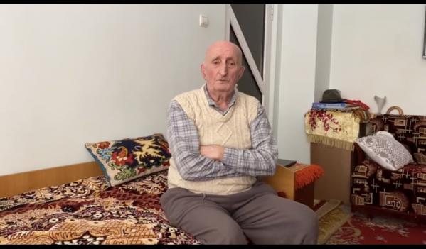 La 87 de ani si cu sotia paralizata si-a donat economiile Spitalului Orasenesc Cugir!