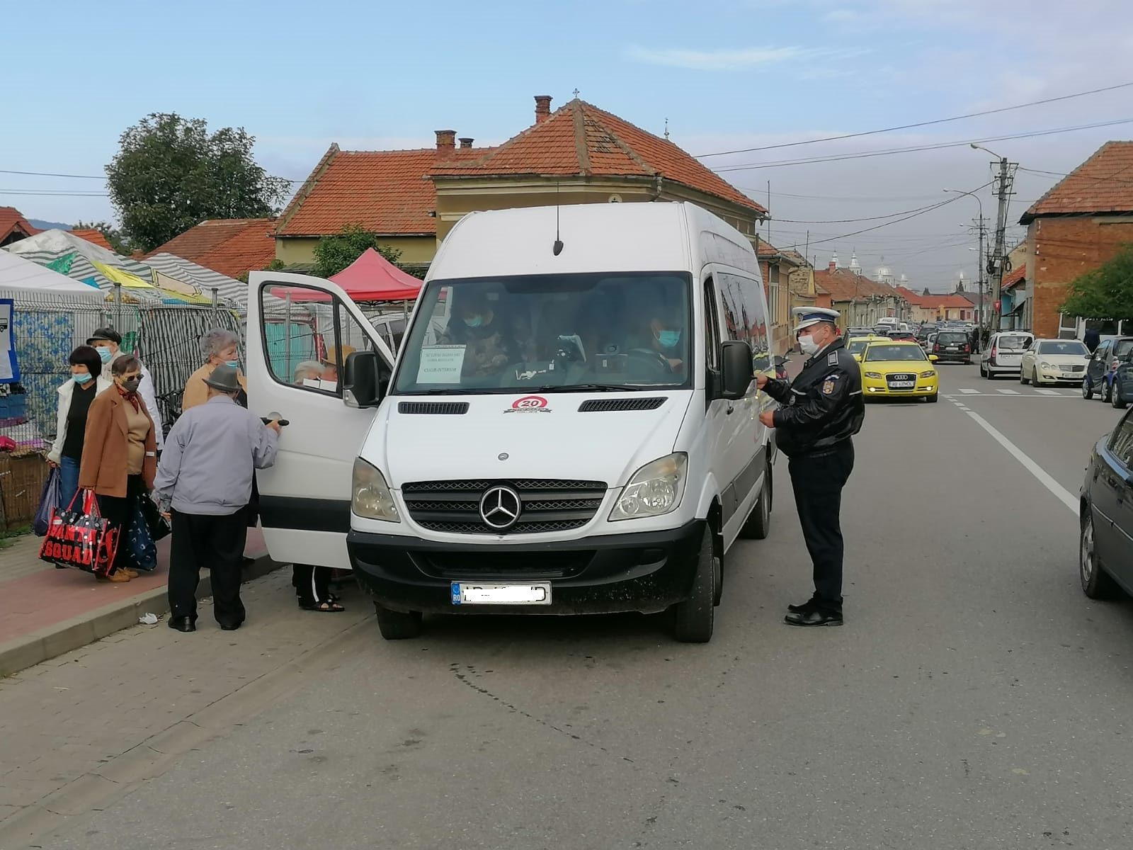 Inspectoratul de Poliție Județean Alba recomandă tuturor conducătorilor de autovehicule să circule cu viteză adaptată permanent condițiilor meteo-rutiere!
